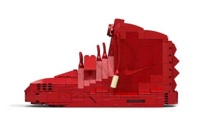 the-nike-air-yeezy-2-red-october-remade-in-lego-1 (1)