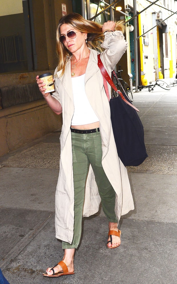 14 Street Style Jennifer Aniston Fashionfreaks