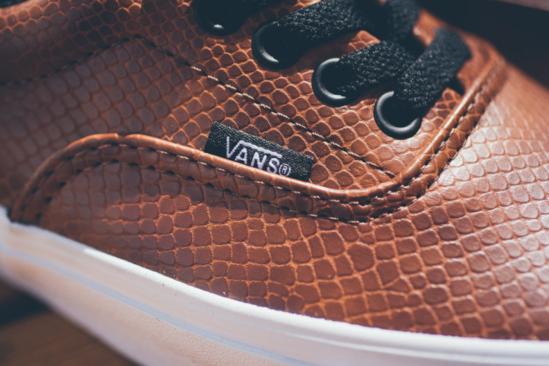 vans-snake-era-brown-black-2