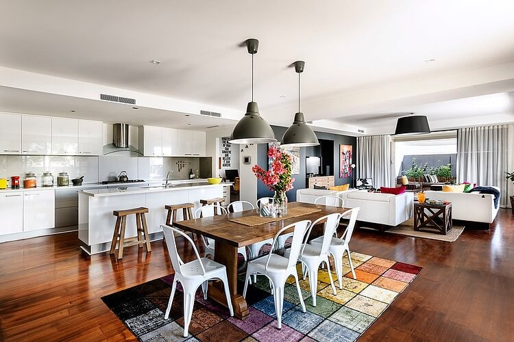 a residence full of color and vintage furniture_1