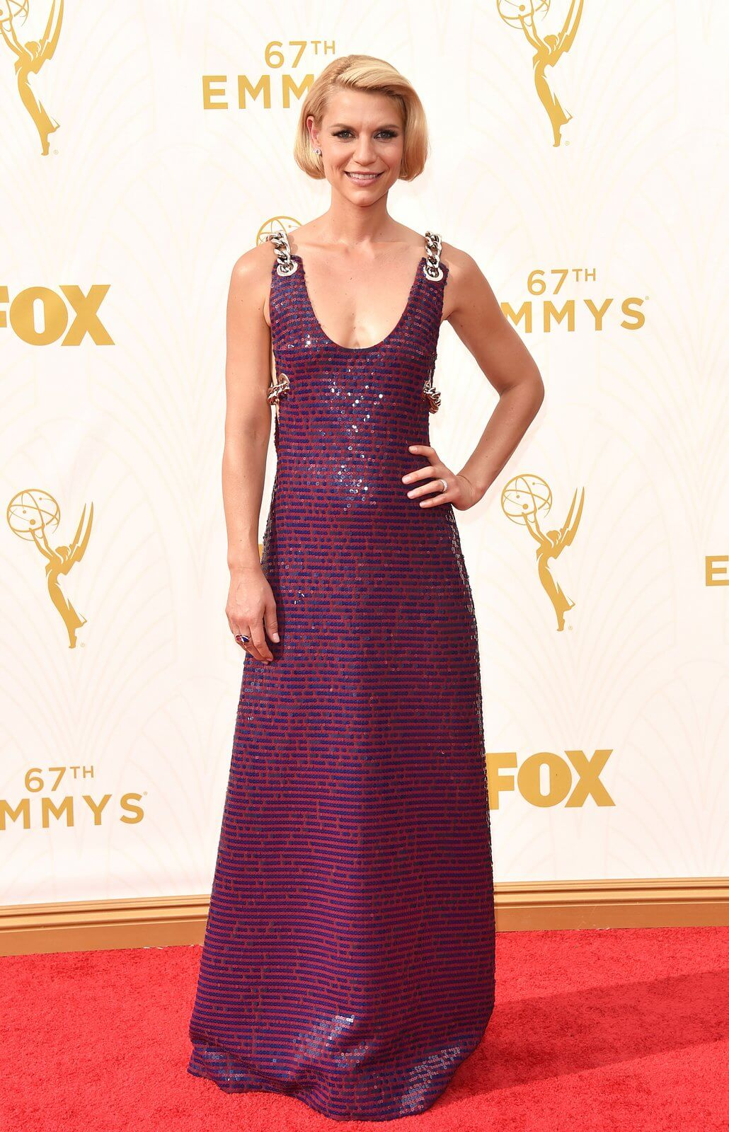 claire-danes-emmys-red-carpet-2015