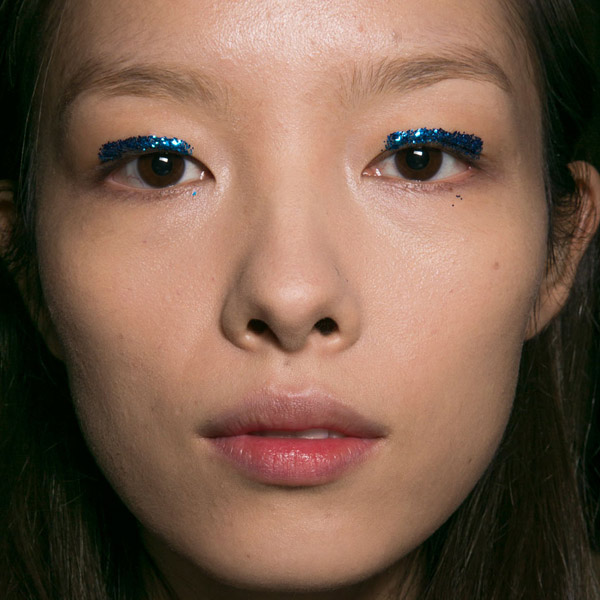 dries-van-noten-spring-2016-makeup-trends