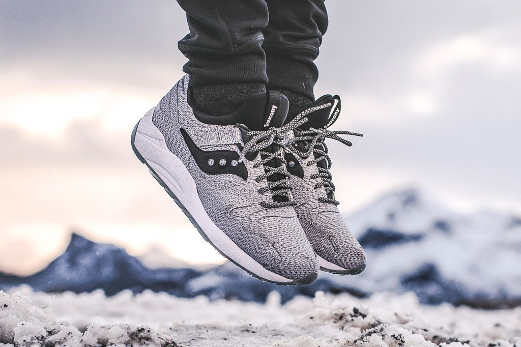saucony-grid-9000-dirty-snow-1
