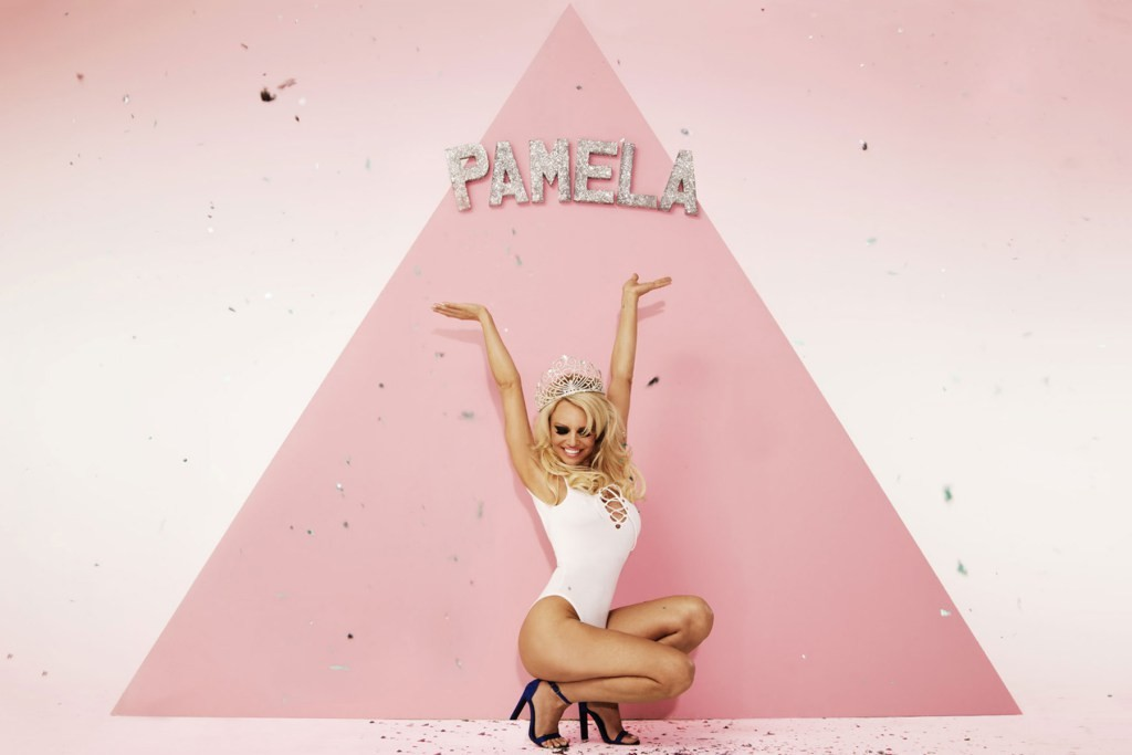 pamela-anderson-missguided-spring-summer-2016-campaign-3