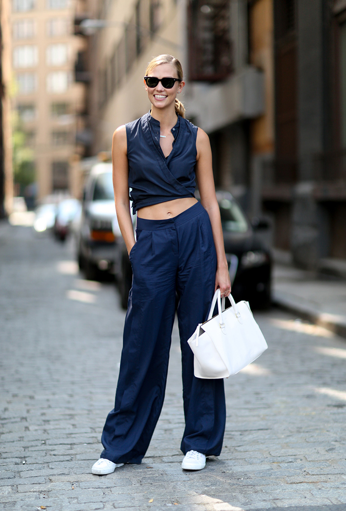 how-to-wear-a-crop-top-outfit-03