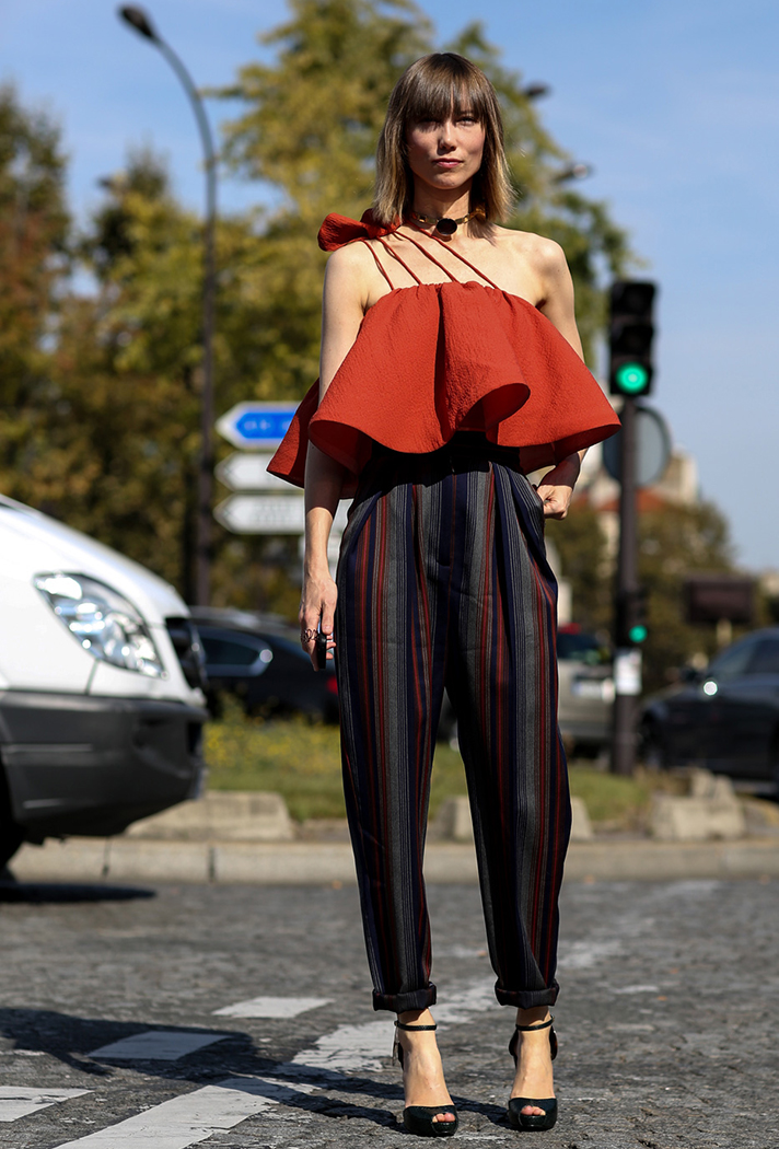 how-to-wear-a-crop-top-outfit-11