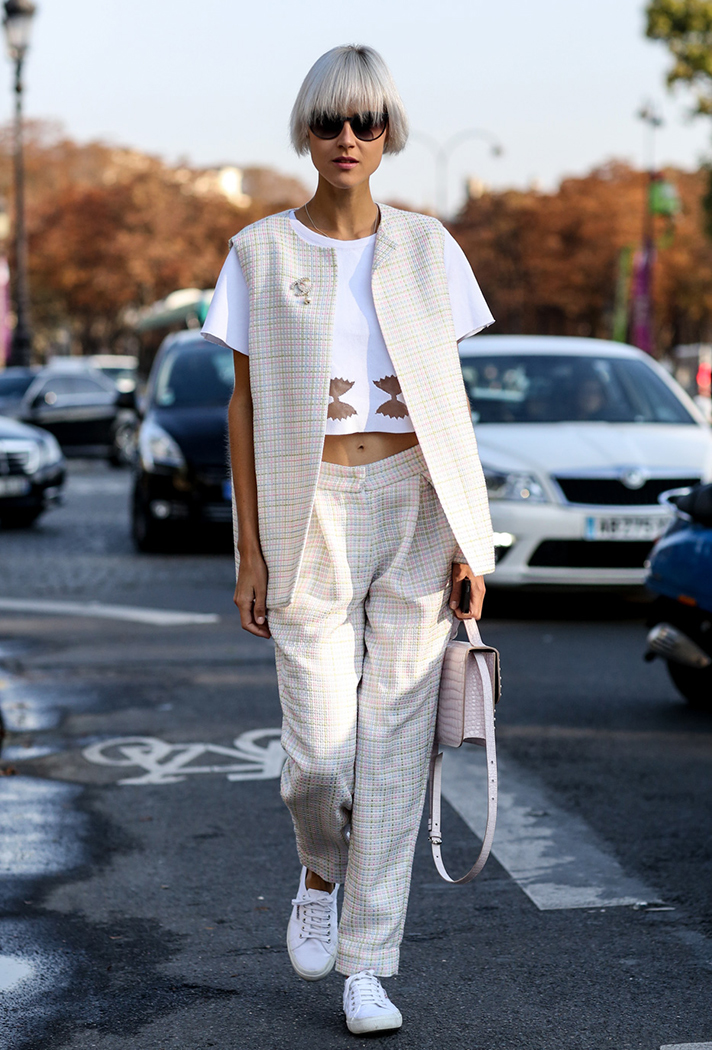 how-to-wear-a-crop-top-outfit-12