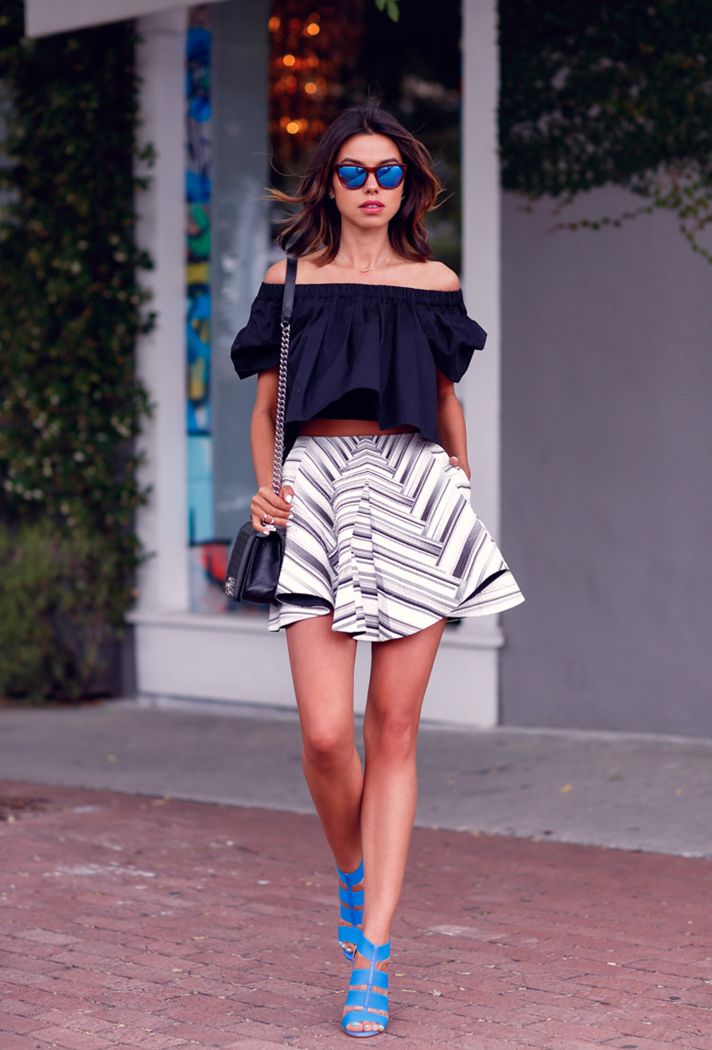 how-to-wear-a-crop-top-outfit-23