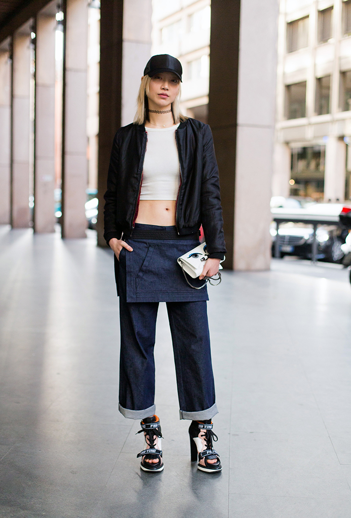 how-to-wear-a-crop-top-outfit-28