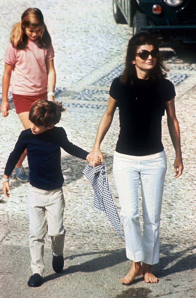 Jackie-Kennedy-Onassis-Style-Pictures