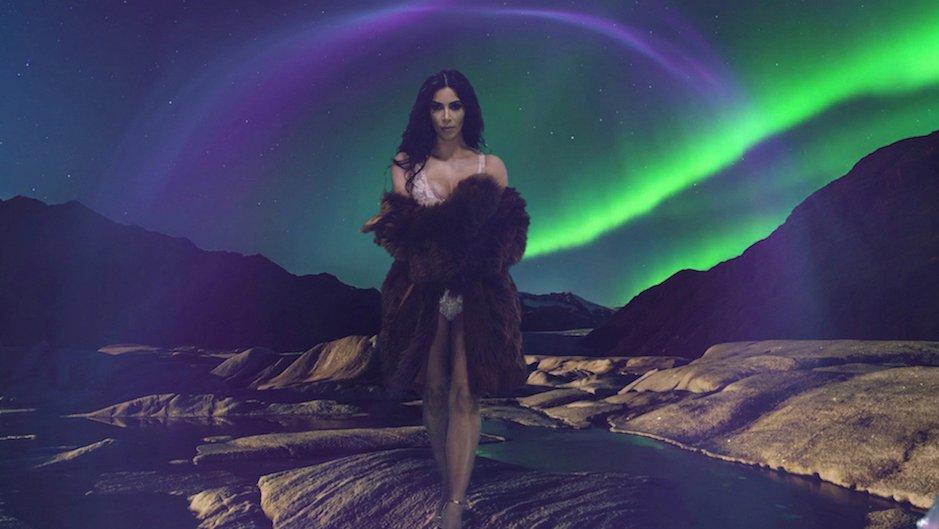 kim-kardashian-love-advent-2016-1
