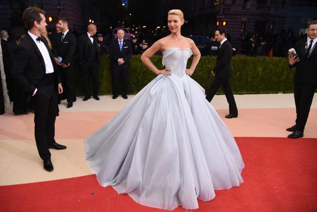 best-red-carpet-gowns-2016-15