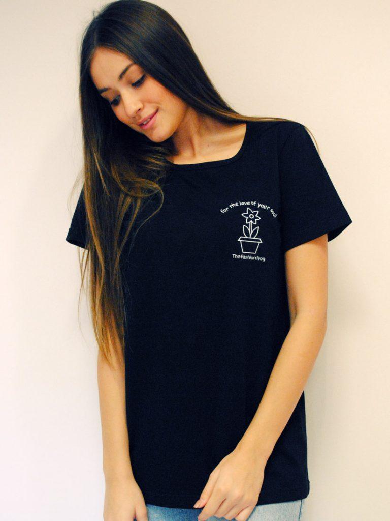 black-tshirt3