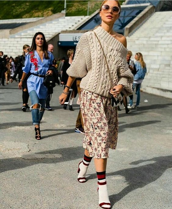 Socks Street Style - Οι καλτσες που θα κανουν τη διαφορα στις ... bb07e602c6c